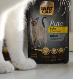Erfahrung Katzenfutter SELECT GOLD Pure | Katzenfutter Test